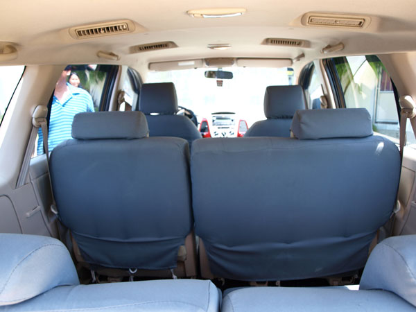 toyota innova qualis tata safari ford endeavour pictures. Black Bedroom Furniture Sets. Home Design Ideas